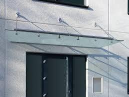 Glasvordach Einfamilienhaus